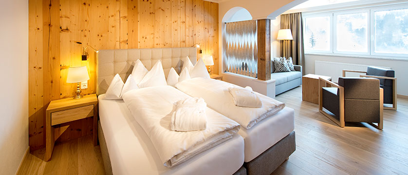 austria_obertauern_hotel-steiner_junior-suite.jpg